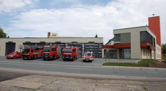 GH Limbach mit Fahrzeugen